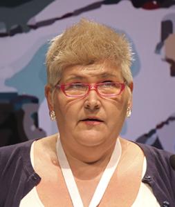 Anna Ryding i talarstolen