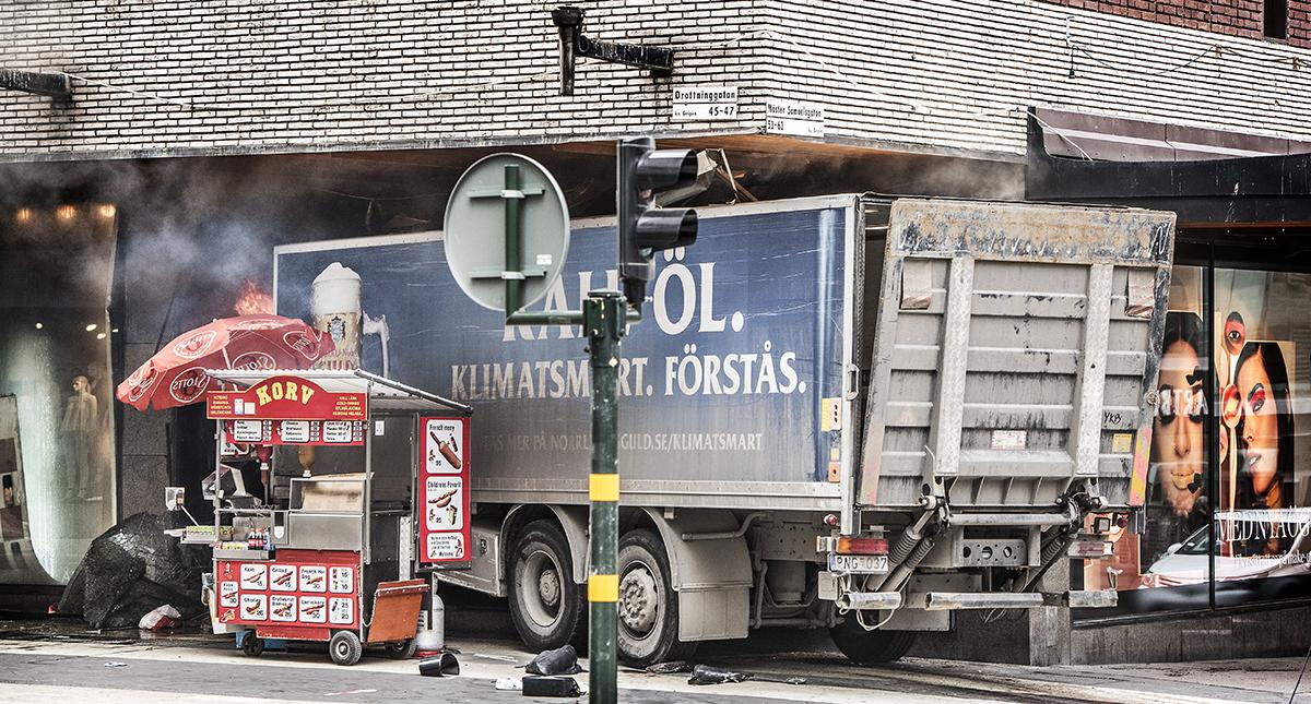lastbil drottninggatan
