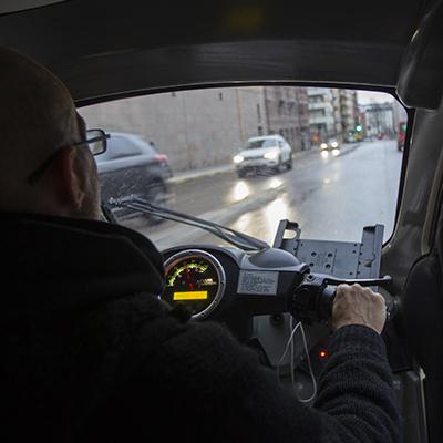 Dennis Blomqvist, Bzzt AB (podtaxi) i Stockholm.