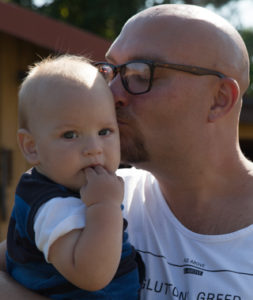 Tobias Lundqvist med sonen Bosse